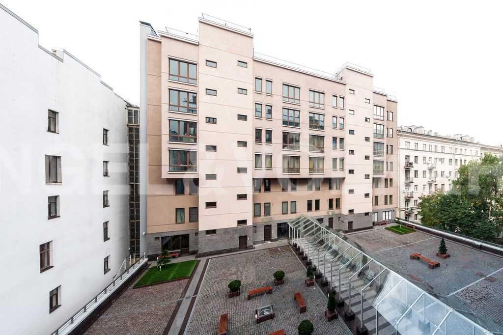 Элитные квартиры в Центральном районе. Санкт-Петербург, Тверская ул., 1A . Внутренняя территория комплекса