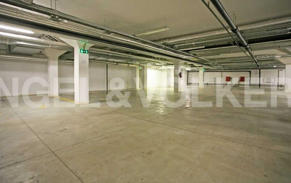 Элитные квартиры в Центральном районе. Санкт-Петербург, Тверская ул., 1A . Подземный паркинг