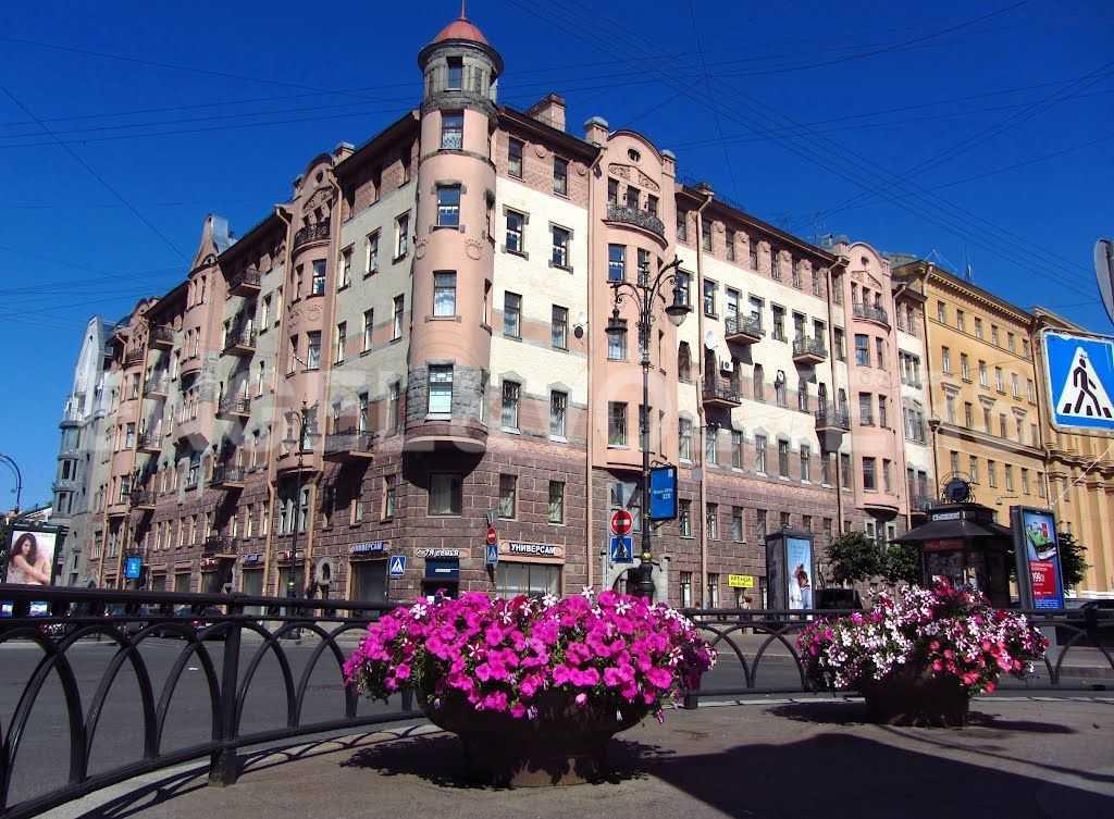 Элитные квартиры в Центральном районе. Санкт-Петербург, Захарьевская, 16. Фасад дома