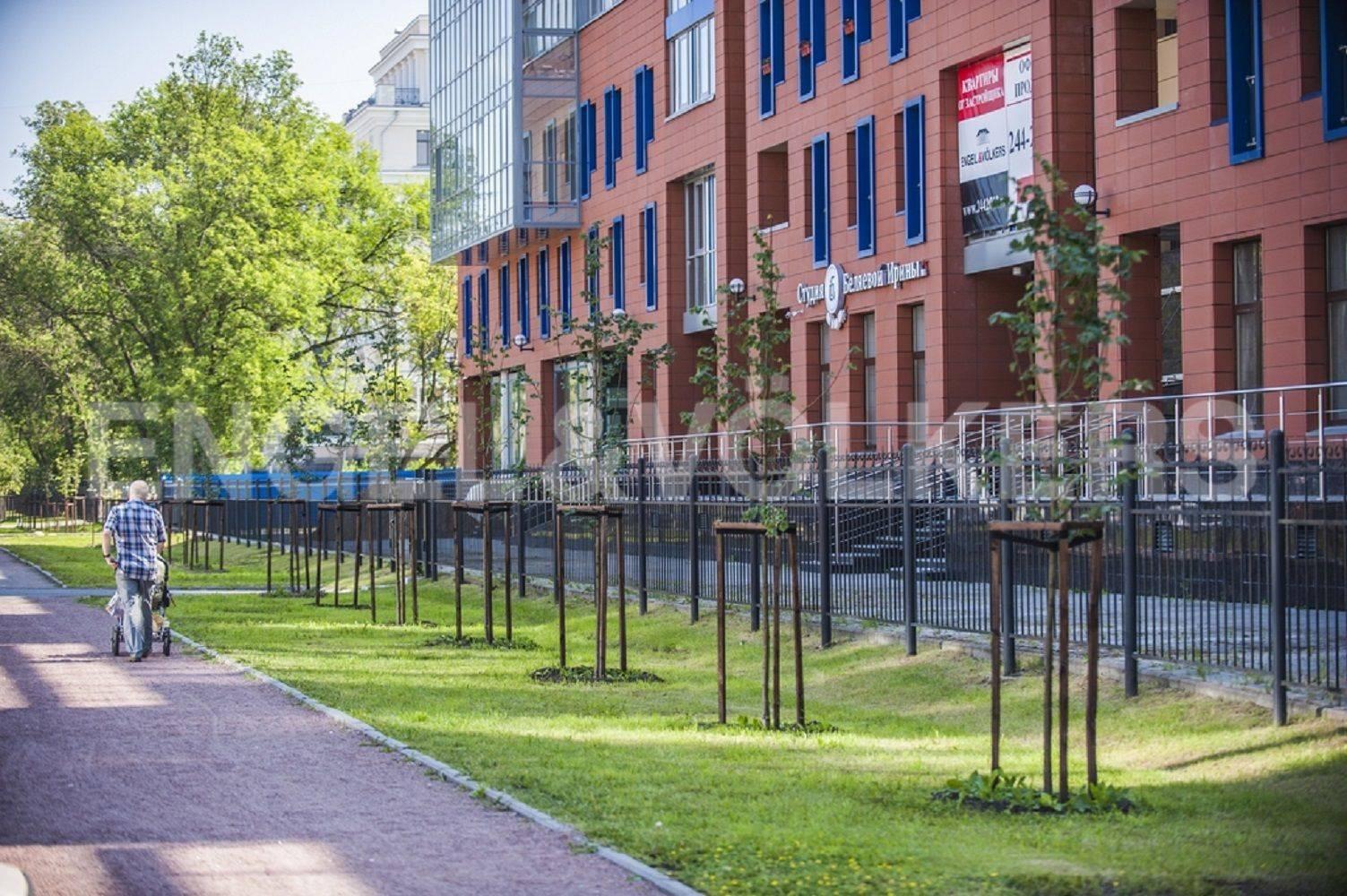 Элитные квартиры на . Санкт-Петербург, Морской проспект, дом 28. Прогулочная аллея