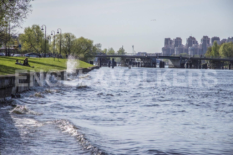 Элитные квартиры на . Санкт-Петербург, Морской проспект, дом 28. Средняя Невка