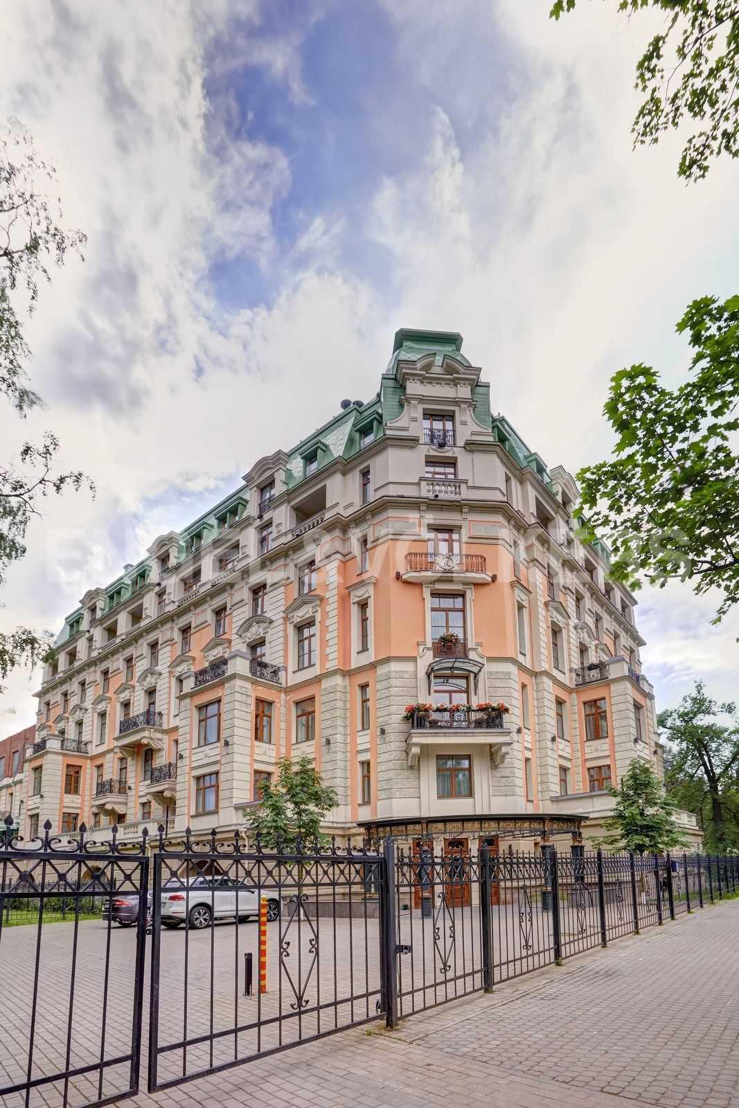 Элитные квартиры на . Санкт-Петербург, Динамо,12. Фасад дома