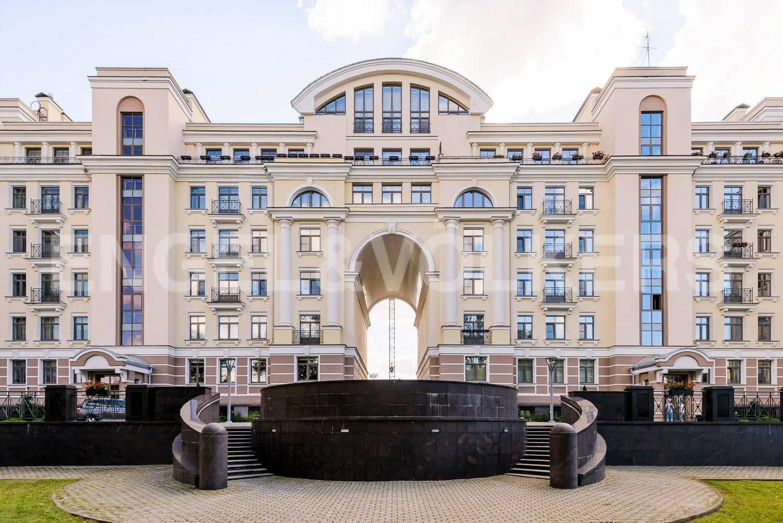 Элитные квартиры на . Санкт-Петербург, Морской проспект, 24. Фасад Резиденция на Крестовском