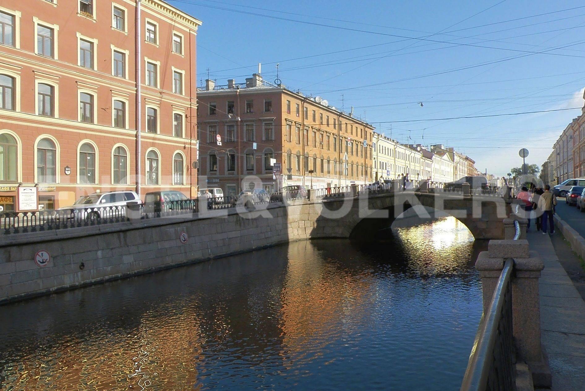 Каменный мост через канал Грибоедова
