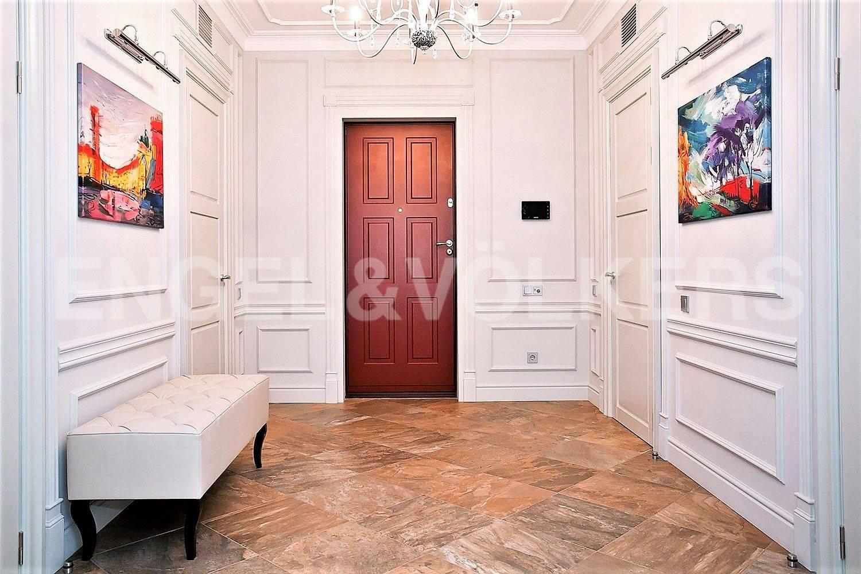 Элитные квартиры на . Санкт-Петербург, Кемская, 1. Холл