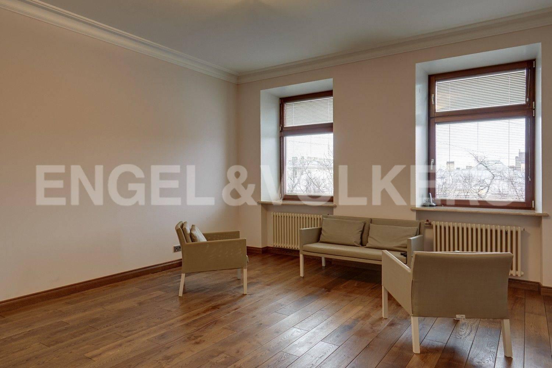 Элитные квартиры в Адмиралтейский р-н. Санкт-Петербург, Конногвардейский бульвар, 13. Гостевая спальня (либо детская, либо кабинет)