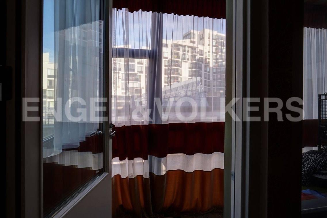 Элитные квартиры в Петроградский р-н. Санкт-Петербург, Барочная, 12. Теплая лоджия с собственным выходом в закрытый двор комплекса