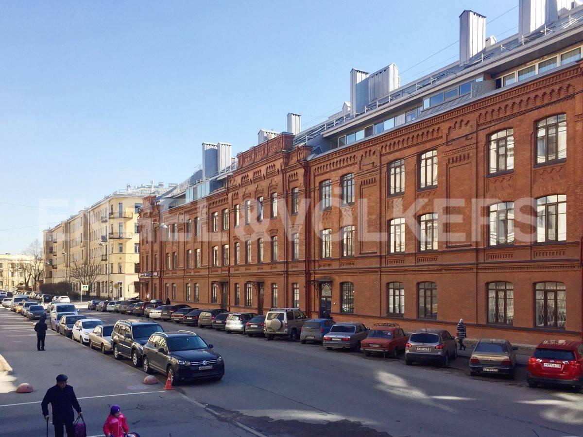 Элитные квартиры в Центральном районе. Санкт-Петербург, Виленский пер., 15. Фасад дома