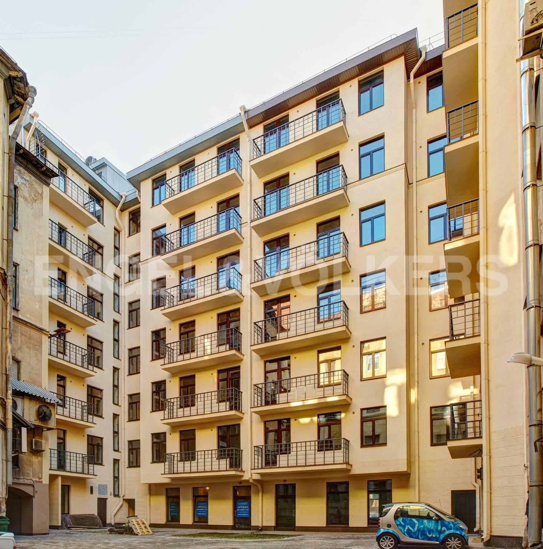Элитные квартиры в Центральном районе. Санкт-Петербург, Стремянная ул, 15.
