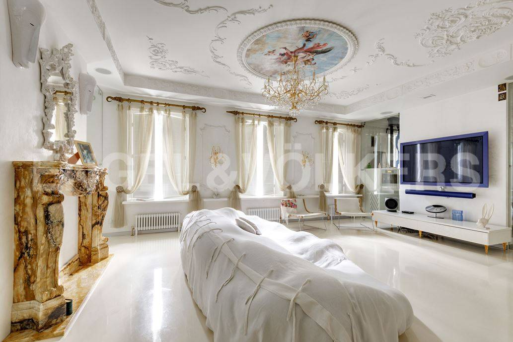 Элитные квартиры в Центральном районе. Санкт-Петербург, Большая Морская, 4. Зона отдыха в гостиной