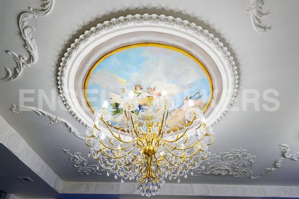 Элитные квартиры в Центральном районе. Санкт-Петербург, Большая Морская, 4. Элементы декора и интерьера