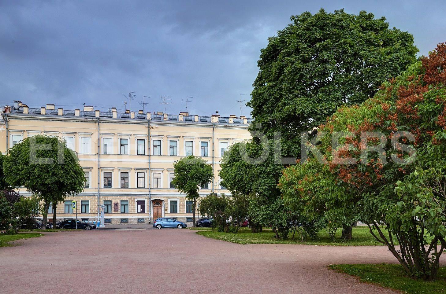 Элитные квартиры в Центральном районе. Санкт-Петербург, Марсово поле, 3. Фасад дома