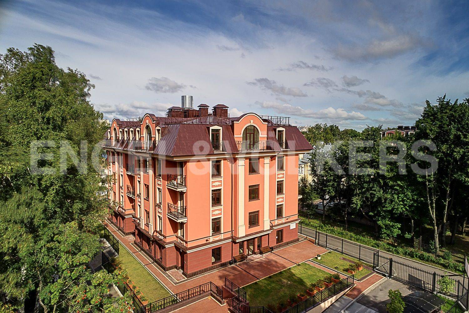 Элитные квартиры в . Санкт-Петербург, Дибуновская улица, 30. Главная