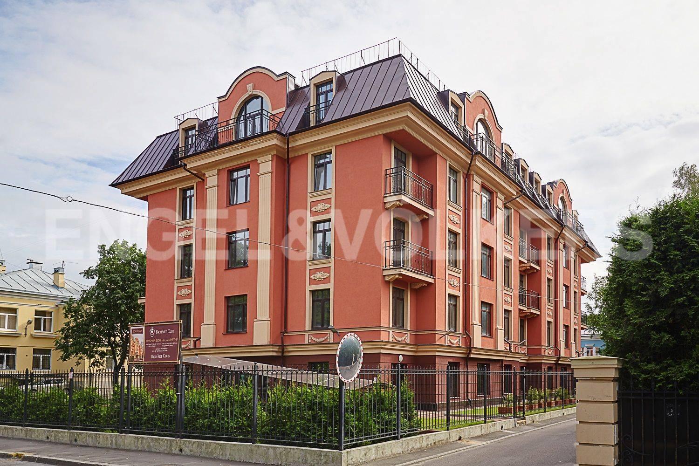 Элитные квартиры в . Санкт-Петербург, Дибуновская улица, 30. Вид на дом с Дибуновской