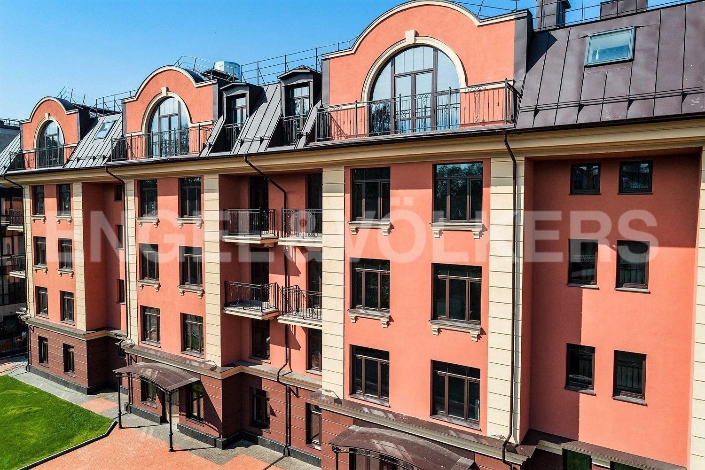 Элитные квартиры в . Санкт-Петербург, Дибуновская улица, 34. Фасад дома