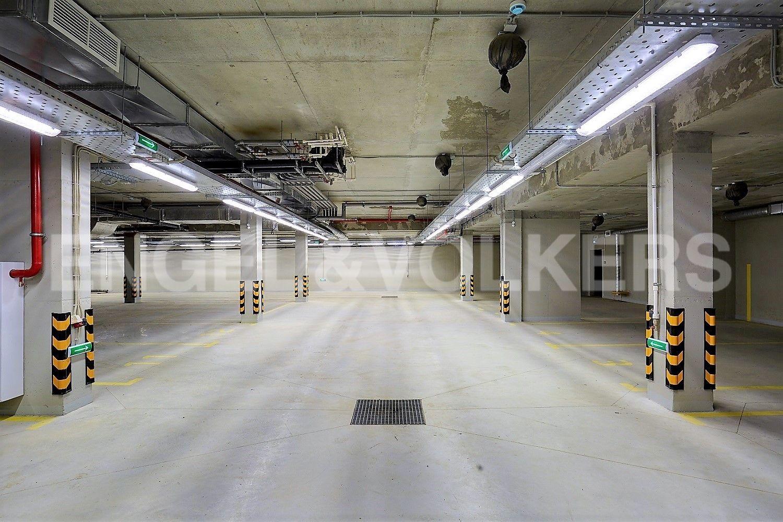 Элитные квартиры в Приморском районе. Санкт-Петербург, Дибуновская улица,  34. Подземный паркинг
