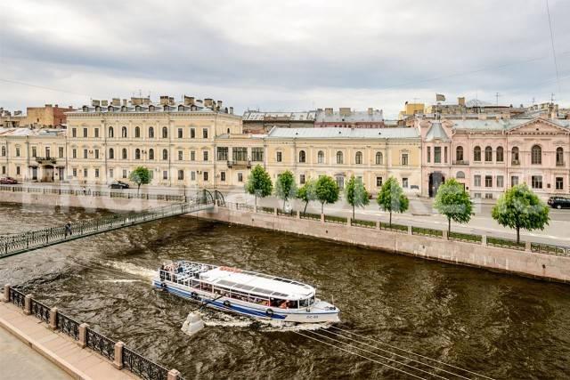 Наб. реки Мойки, 84 — дизайн от галереи Bulthaup с видом на воду
