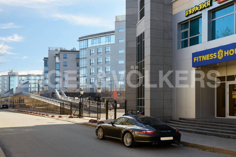 Элитные квартиры на . Санкт-Петербург, Крестовский проспект, 26. Фитнес-клуб рядом с домом