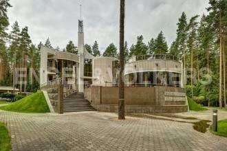 п.Репино-Ленинское – изысканный коттедж
