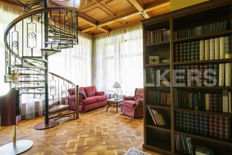 Элитные квартиры в Курортном районе. Санкт-Петербург, п. Репино, ул. Курортная.
