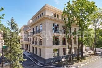 «Резиденция на Каменном» — апартаменты с видом на парк «Тихий отдых» в особняке «Таубе»