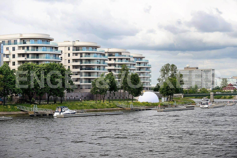 Вид с Лазаревского моста