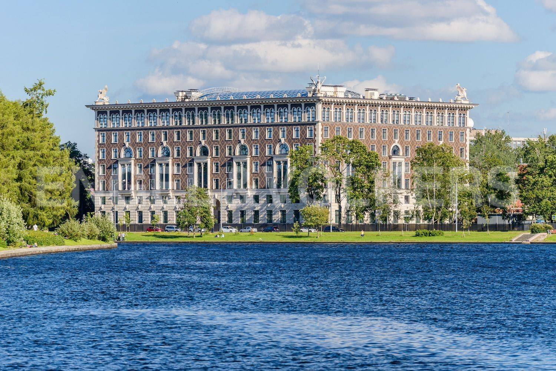 Элитные квартиры на . Санкт-Петербург, Депутатская, 26. Главное