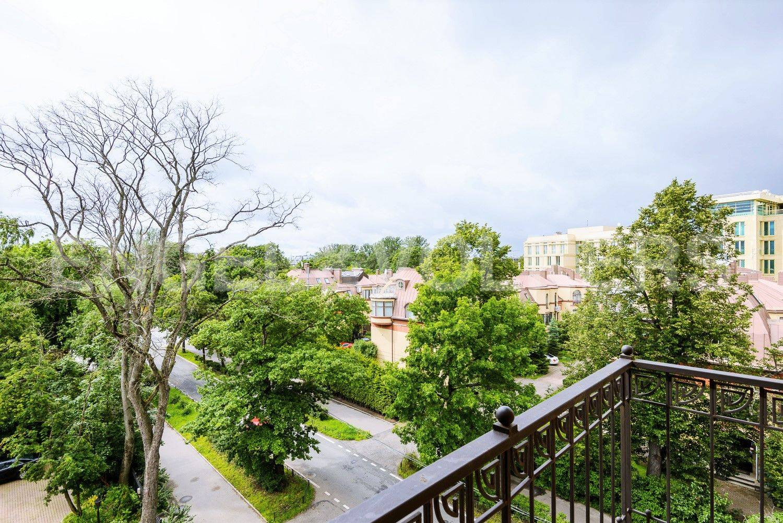 Вид с балкона в сторону пр.Динамо