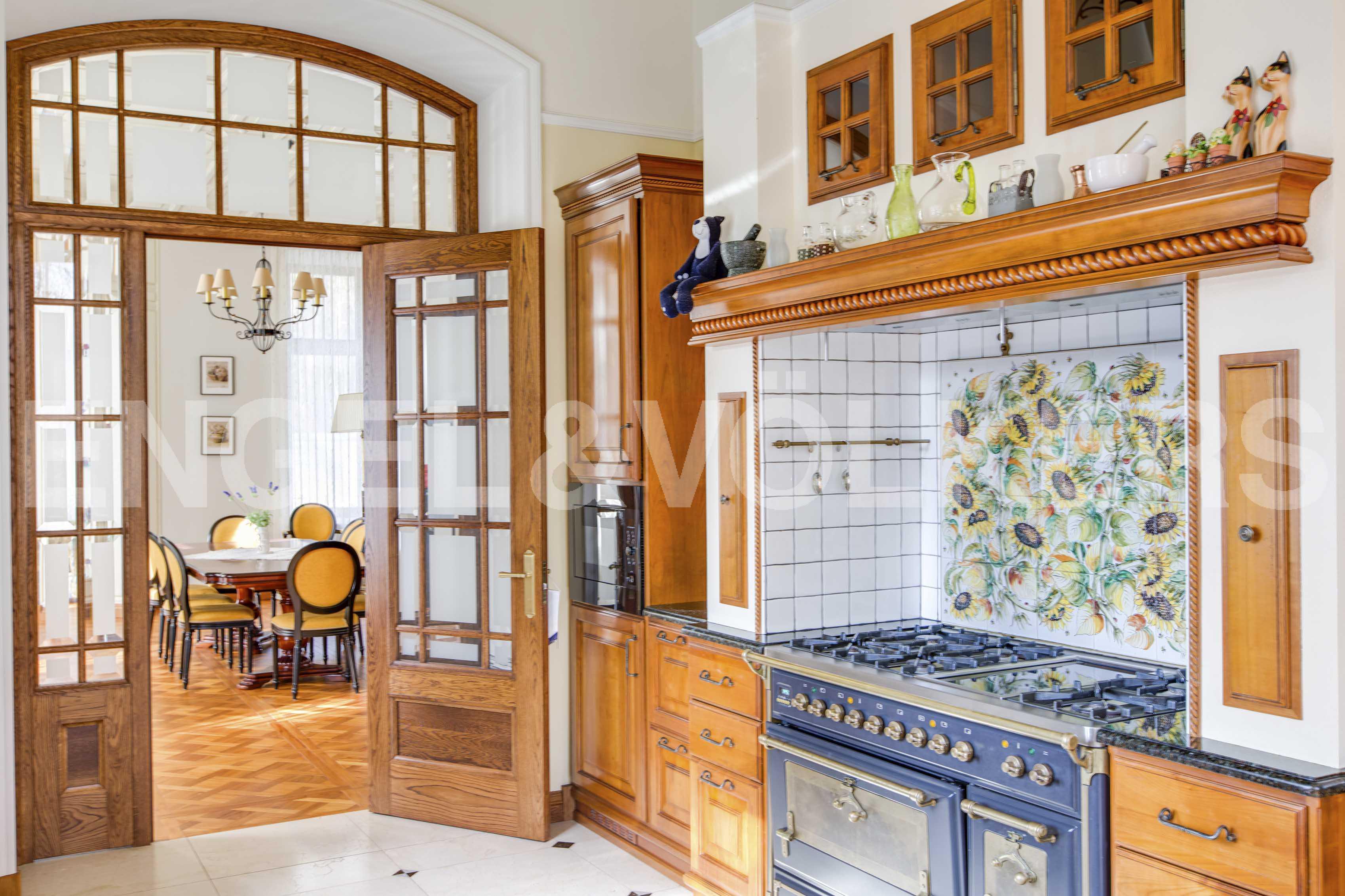 Элитные квартиры в Курортном районе. Санкт-Петербург, поселок Репино, ул. Курортная.