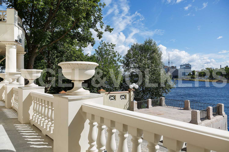 Элитные квартиры на . Санкт-Петербург, проспект Динамо, дом 2, Лит Б.