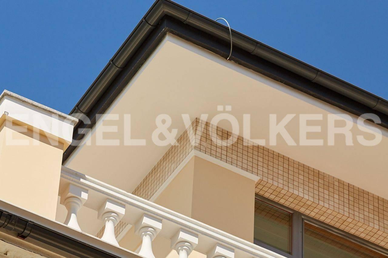 Элемент отделки фасада особняка