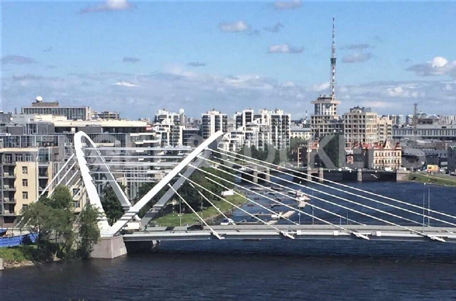 Элитные квартиры в Петроградском районе. Санкт-Петербург, . Лазаревский мост