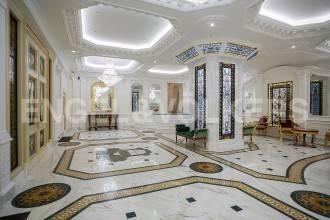 Hovard Palace – квартира с авторским дизайном в стиле НеоКлассики в сердце Санкт-Петербурга