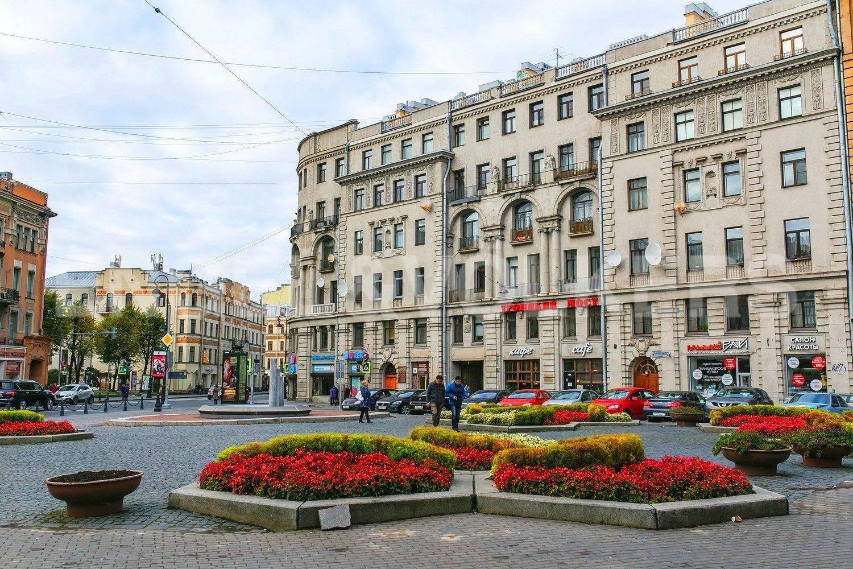 Элитные квартиры в Петроградский р-н. Санкт-Петербург, Каменноостровский, 9. Фасад