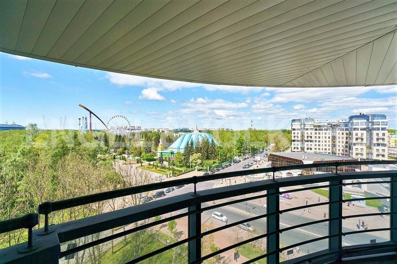 Элитные квартиры на . Санкт-Петербург, Рюхина, 10 . Вид с балкона