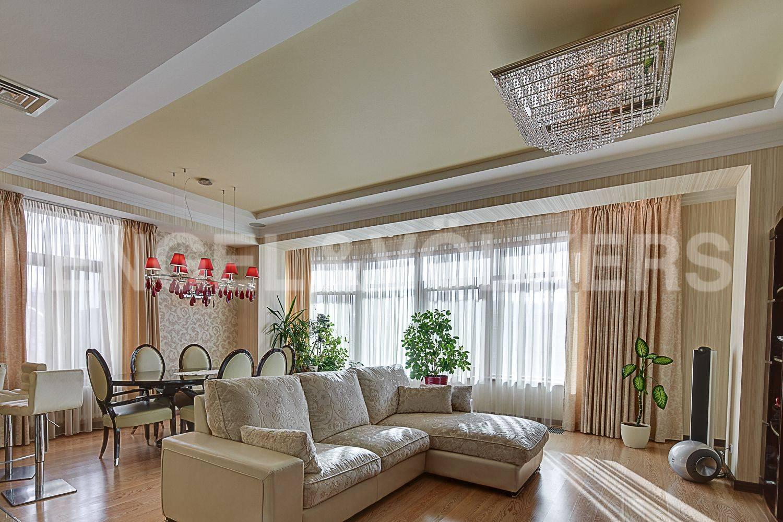 Элитные квартиры на . Санкт-Петербург, Вязовая, 10. Зона отдыха