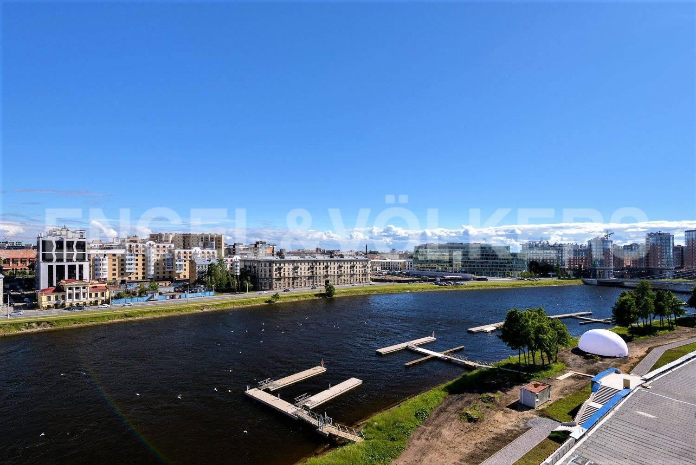 Элитные квартиры на . Санкт-Петербург, ул. Вязовая, 8. Марины для яхт