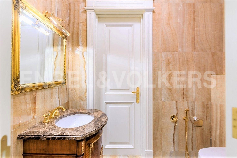 Элитные квартиры в Центральном районе. Санкт-Петербург, Наб. реки Фонтанки, 76, корп. 2. Ванная комната