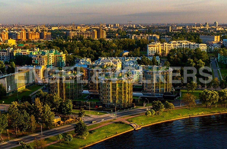Элитные квартиры на . Санкт-Петербург, Константиновский, 23. Месторасположение на наб. реки Средней Невки