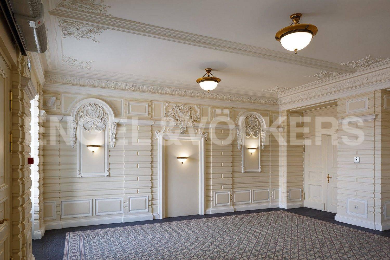 Элитные квартиры в Центральном районе. Санкт-Петербург, наб. Кутузова, 24. Лобби