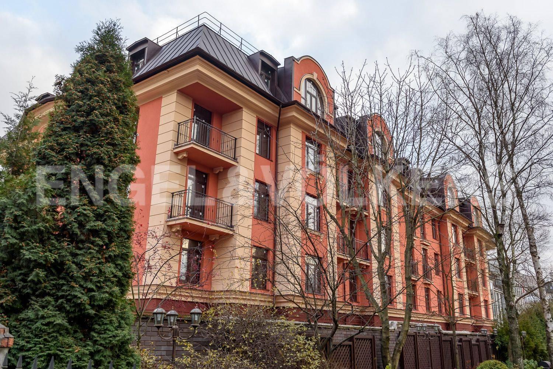 Элитные квартиры в . Санкт-Петербург, Дибуновская улица, 34. Вид с Дибуновской улицы Главная