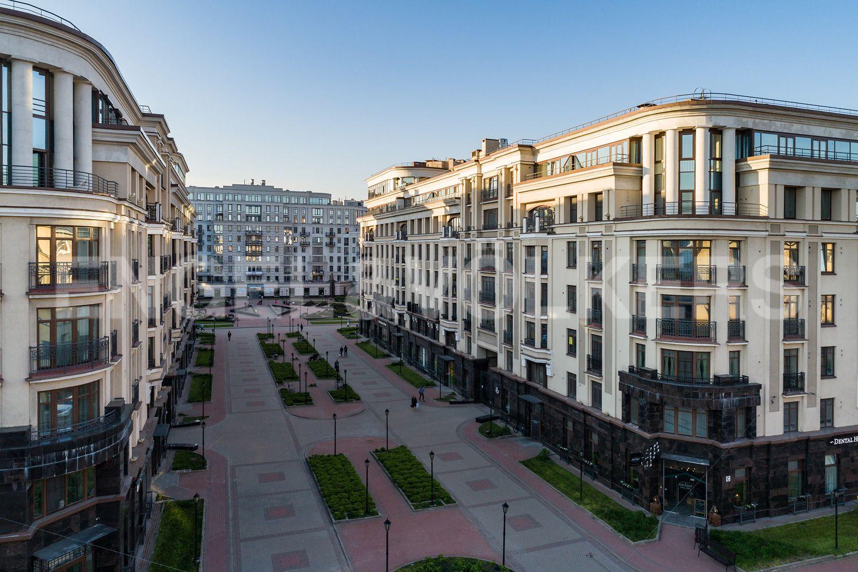 Элитные квартиры в Центральном районе. Санкт-Петербург, Парадная, 3. Территория комплекса