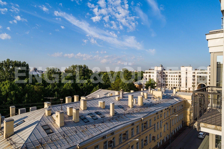 Элитные квартиры в Центральном районе. Санкт-Петербург, Парадная, 3. Вид из окон