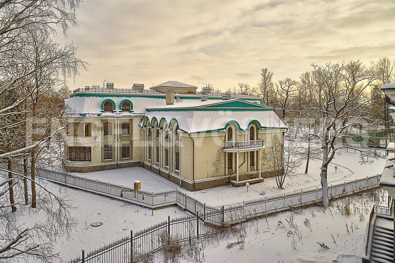 Элитные квартиры на . Санкт-Петербург, 1-я Березовая, 24. Территория