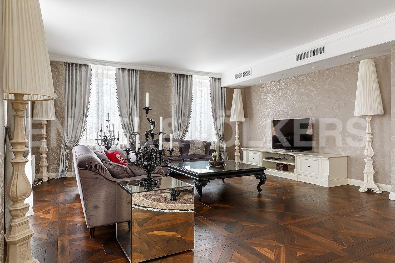 Элитные квартиры в Центральном районе. Санкт-Петербург, Парадная, 3, к. 2. Гостиная