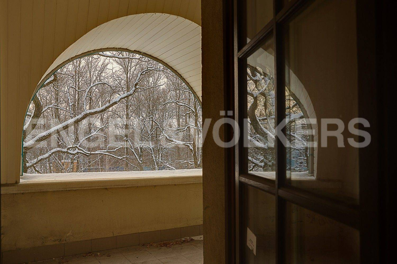 Элитные квартиры на . Санкт-Петербург, 1-я Березовая, 24. Балкон