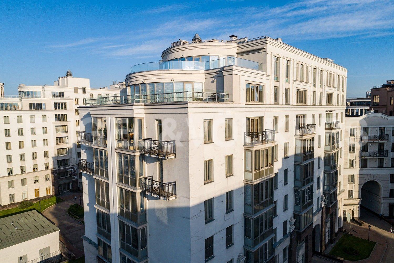 Элитные квартиры в Центральном районе. Санкт-Петербург, Парадная, 3. Вид на корпус
