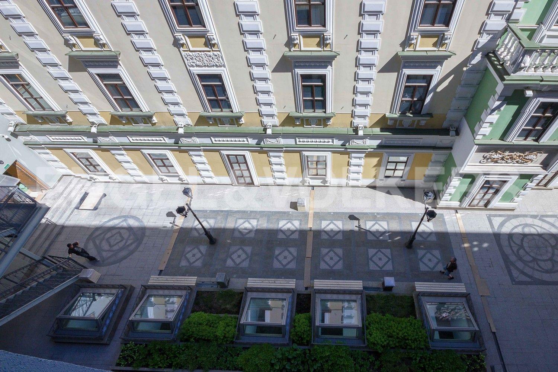 Элитные квартиры в Центральном районе. Санкт-Петербург, Конногвардейский б-р, д. 5. Территория внутреннего двора