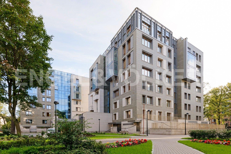 Элитные квартиры в Центральном районе. Санкт-Петербург, Смольного ул., 4. Фасад корпусов комплекса
