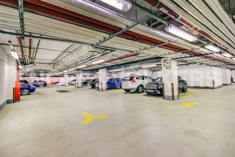 Элитные квартиры в Центральном районе. Санкт-Петербург, Конногвардейский б-р, д. 5. Подземный паркинг